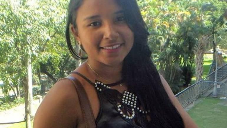 Mara Rúbia Ferreira Barros